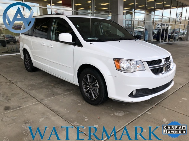 Pre-Owned 2017 Dodge Grand Caravan SXT 4D Penger Van in ...